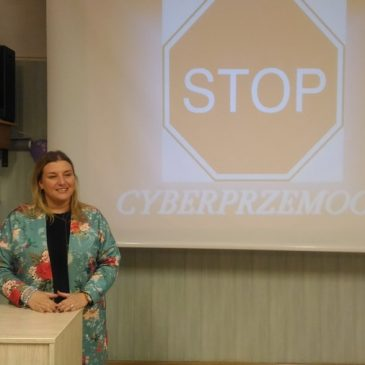 """""""STOP cyberprzemocy"""""""